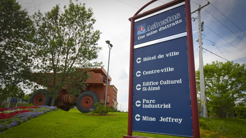 """The residents of Asbestos have voted to change the town's name to """"Val-des-Sources"""""""