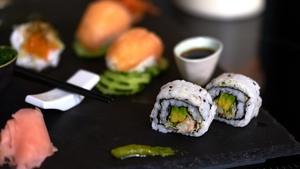 Vancouver Smoked Salmon Nigiri, California Roll, and Mackerel Temaki from Tastes Like Home.