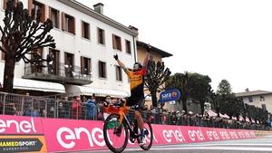 Jan Tratnik crosses the finish line in San Daniele del Friuli