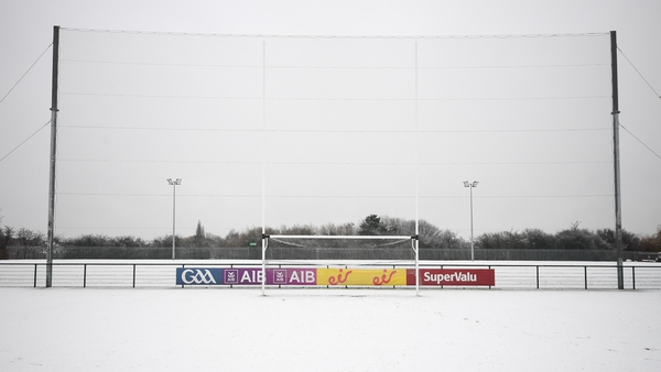 Even a yellow sliotar may be no match for a serious snowfall. Photo: Stephen McCarthy/ Sportsfile via Getty Images