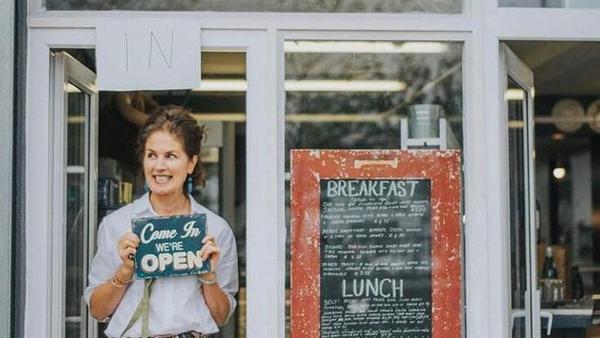 Susan O'Sullivan - Farmhouse Café