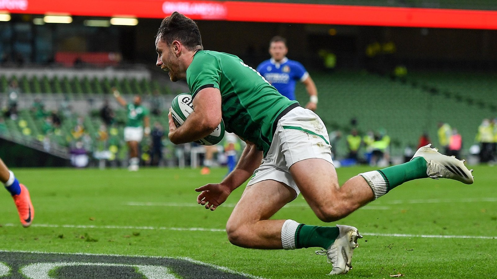 Disallowed try can't strip lustre off Keenan debut