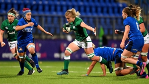 Claire Molloy bursts forward during an Ireland attack in Donnybrook