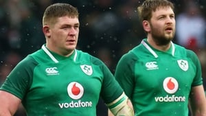 Tadhg Furlong (l) and Iain Henderson helped Ireland to a famous late win in Paris two years ago
