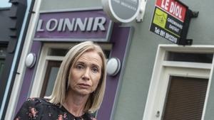 Caitríona may have to sell her salon, Loinnir in Ros na Rún
