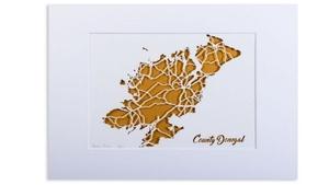 Mír faoi oibrithe deonacha a bhfuil aitheantas tugtha ag Ionad Saorálaí Dhún na nGall daofa as an obair a dhéanann siad ina gceantair féin.