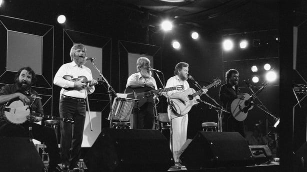 The Dubliners at the National Stadium on 'Festival Folk' (1985)
