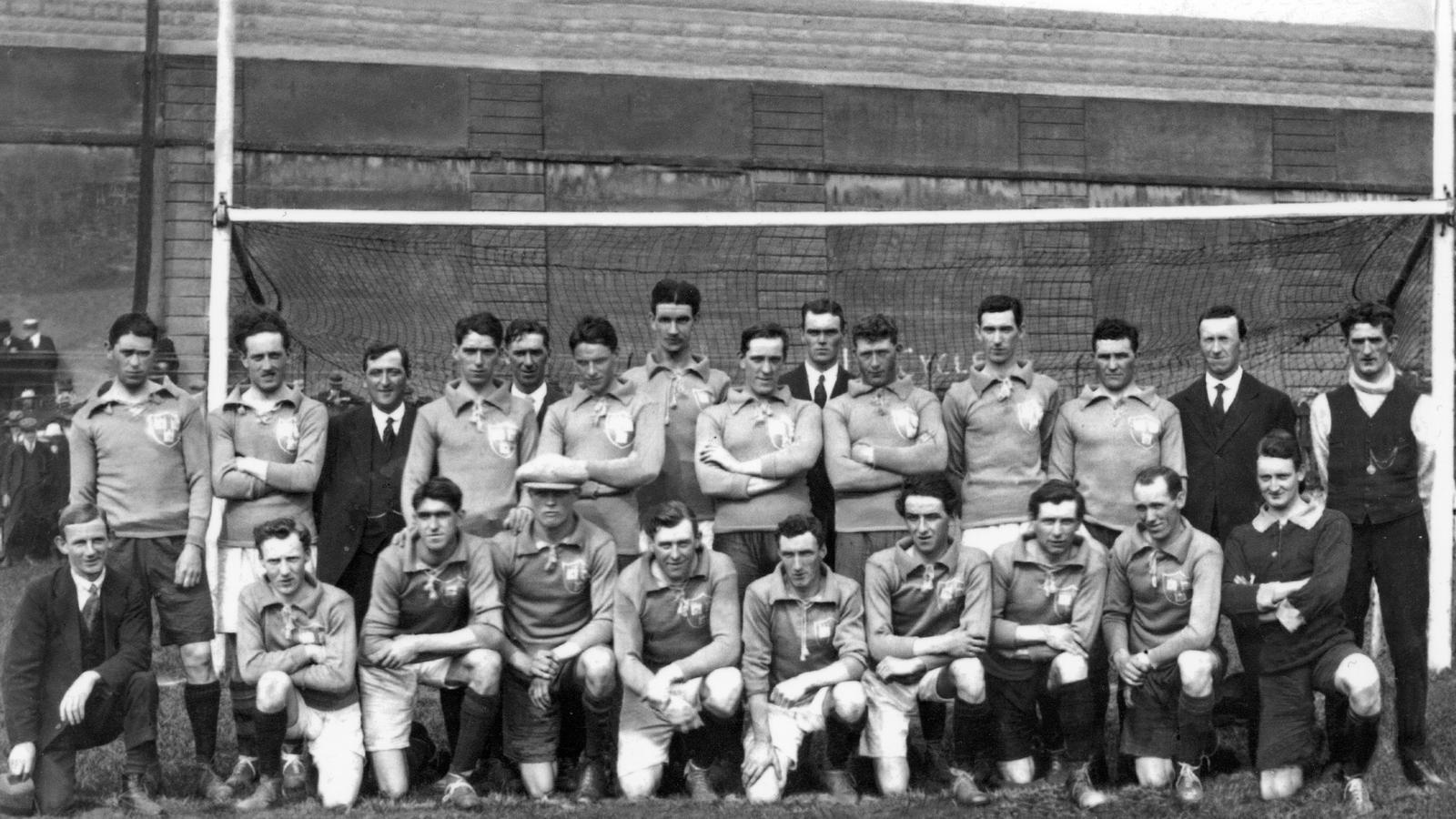 Image - Dublin team, Croke Park, 21 November 1920 (Credit: GAA Museum, Croke Park)