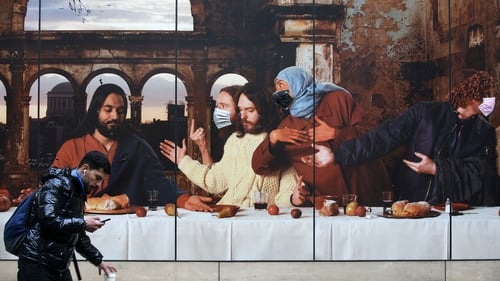 A Last Supper mural with face masks in Dublin where 99 new cases of Covid-19 have been identified (pic: Rollingnews.ie)