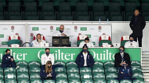 Eddie Jones (r) looks on as England beat Ireland 18-7