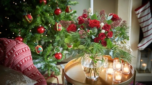 Expert Vicky Wilson offers a step-by-step guide to combining foliage and berries from your garden with flowers for a stunning display.