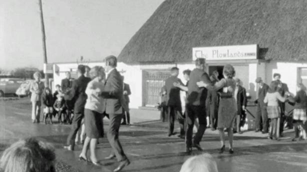 Dancing at the Crossroads (1970)