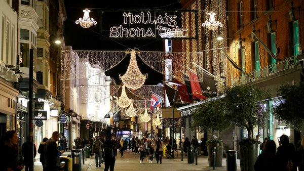 Retail and hospitality sectors will reopen in December (file image: RollingNews.ie)