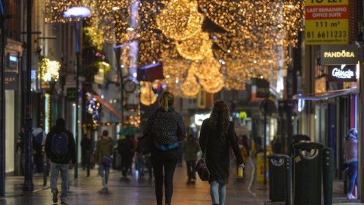 Dubliners window-shop in advance of retailers reopening this week