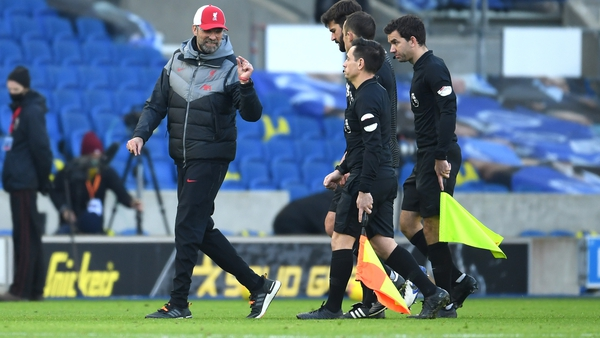 Liverpool manager Jurgen Klopp remonstrates with referee Stuart Atwell following the 1-1 draw with Brighton