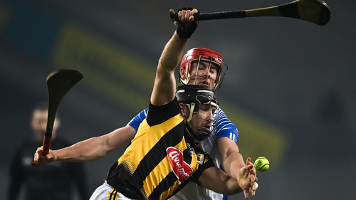 Richie Hogan of Kilkenny in action against Waterford's Tadhg de Búrca at Croke Park