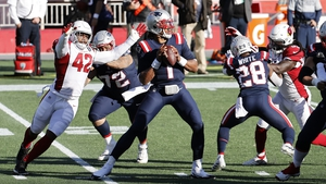 Arizona Cardinals linebacker Devon Kennard (42) gets to New England Patriots quarterback Cam Newton