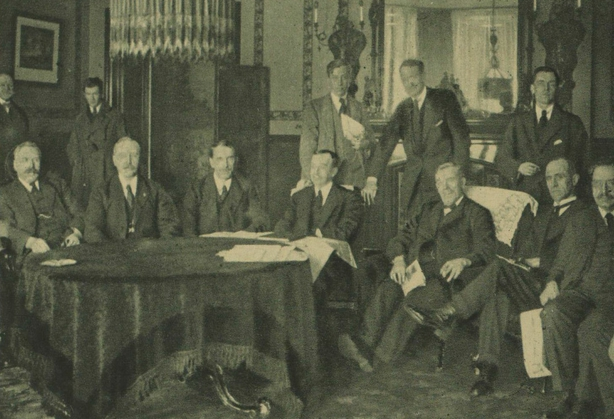 The British Labour Commission in the Shelbourne Hotel in Dublin. Photo: Irish Life, 10 December 1920
