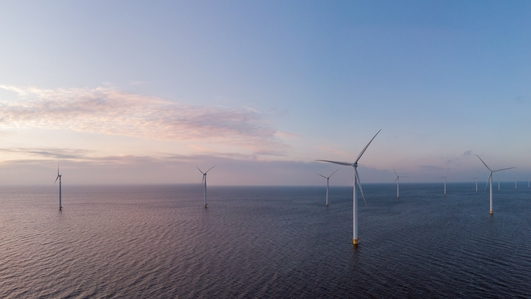 Plans to raise target for offshore renewable energy