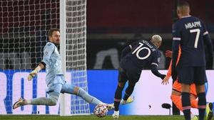 Neymar slots home his second