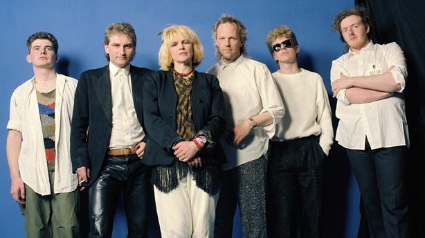 Auto Da Fé backstage at 'Self Aid' (1986)