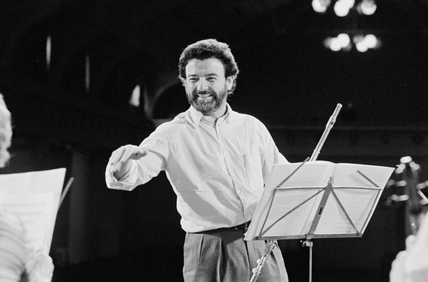 James Galway Conducts at the RDS in Dublin. Filmed in September 1980 and broadcast in January 1981.