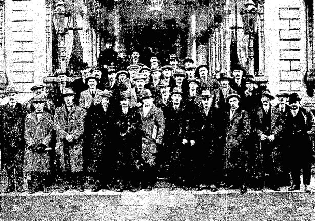 The attendees of the railway conference held in Dublin's Mansion House. Photo: Cork Examiner, 24 December 1920