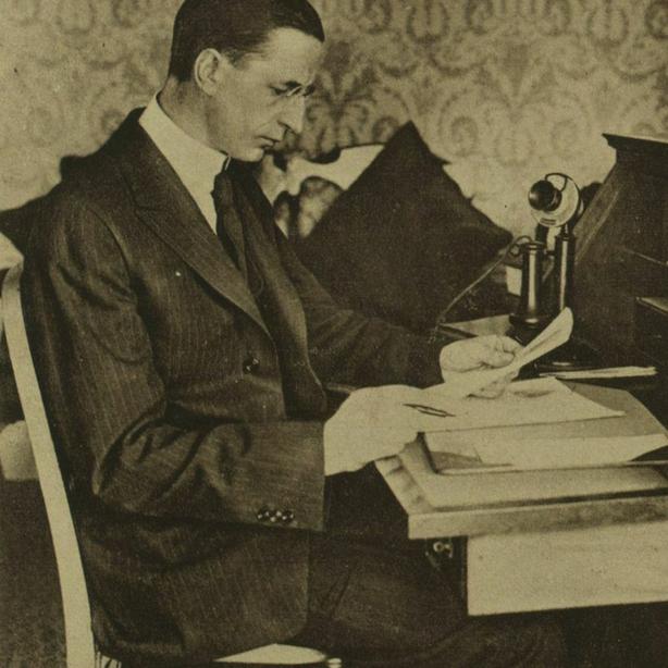 Eamon de Valera, Illustrated London News 15-Jan 1921
