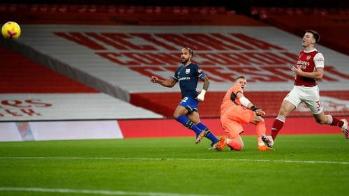 Theo Walcott gives Southampton the lead at the Emirates