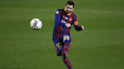 Lionel Messi for equaled Pele's record