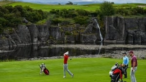 Golf clubs will remain open