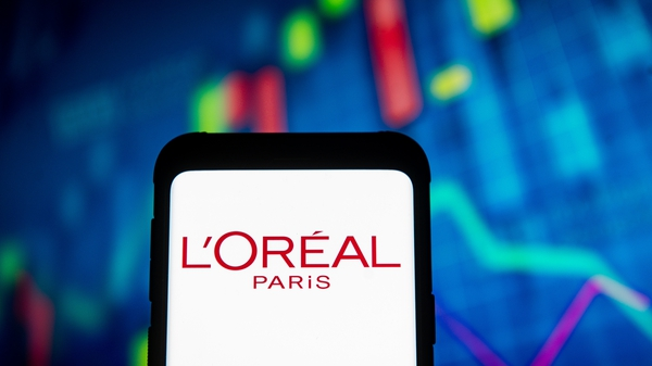 Lancome maker L'Oreal has posted a further pickup in sales in the first quarter