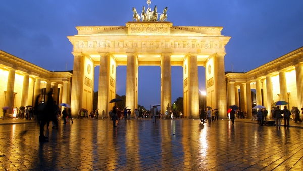 The Brandenburg Gate - the locale of Gabriele Tergit's best-known novel is Berlin in the 1920s.