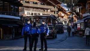 Around 200 of the 420 or so affected British tourists in the luxury Alpine ski station quit under the cover of darkness