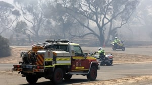 Emergency crews respond to fires 30km south of Perth