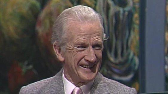 Éamon De Buitléar on 'Kenny Live' (1991)