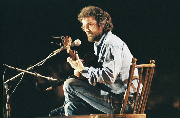 Andy Irvine at the National Stadium in Dublin (1985)