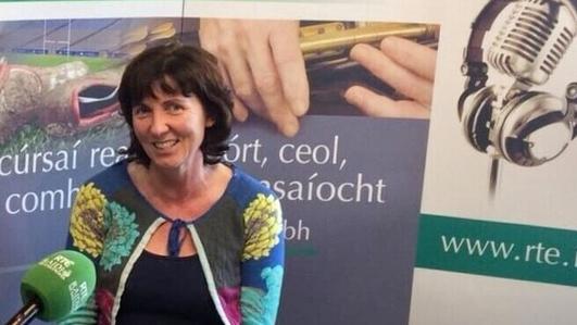 Denise Uí Bheaglaioch;Turasóireacht i gCorca Dhuibhne.