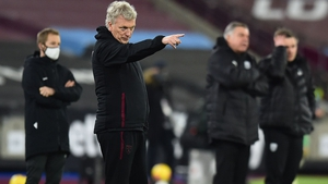 David Moyes directs his troops at the London Stadium