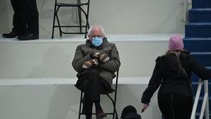 Senator Bernie Sanders' choice of coat and mittens got the internet talking