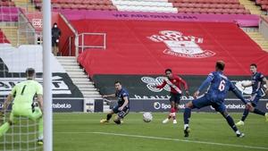 Gabriel deflects Kyle Walker-Peters shot into the net