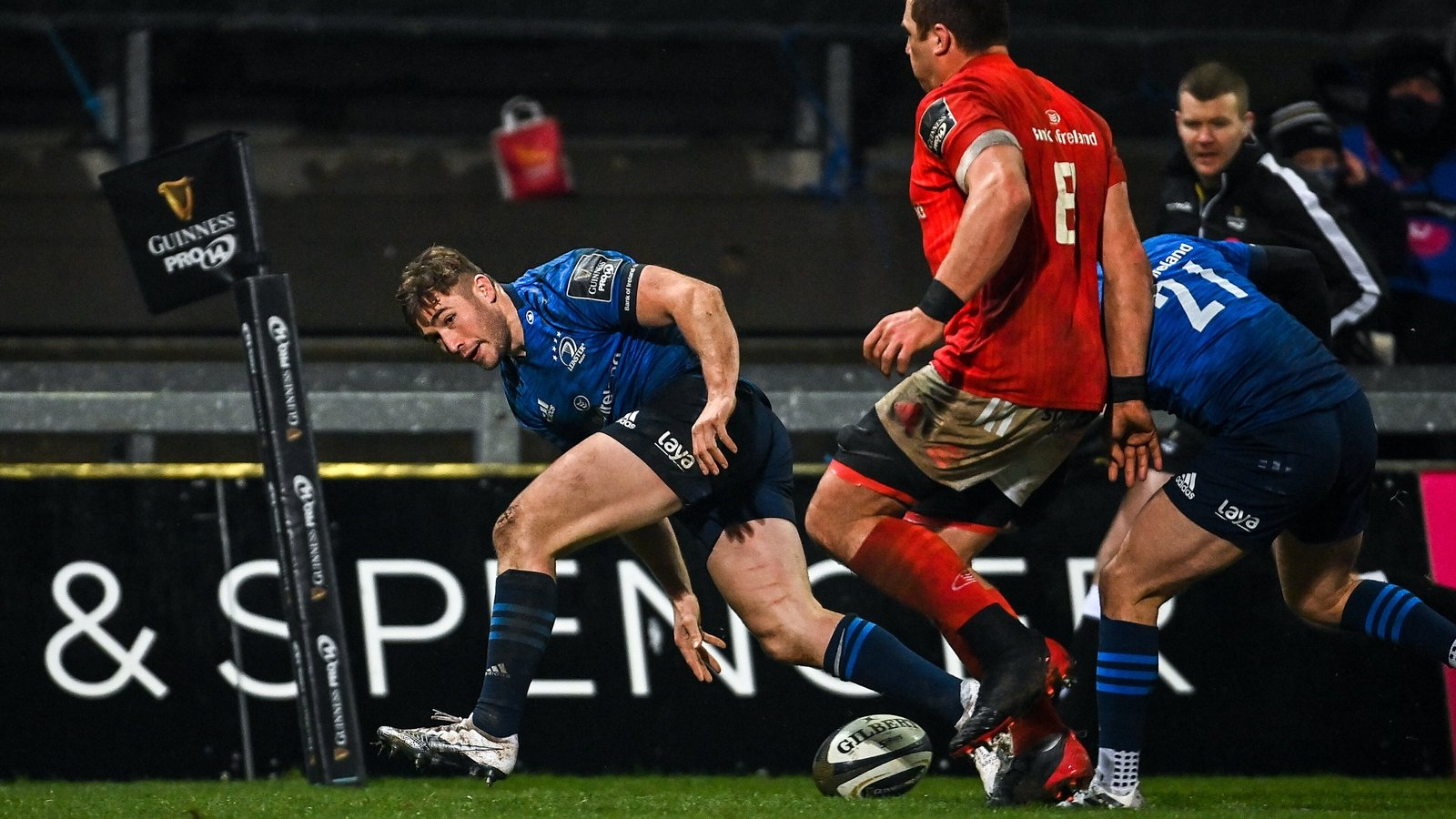 Leinster leave it late to sink wasteful Munster