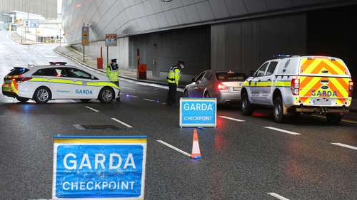 The legislation allows restrictions on things such as travel and social gatherings to be reimposed without a further Dáil vote before November (Pic: RollingNews.ie)