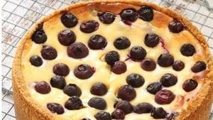 Shane Smith's baked blueberry mascarpone cheesecake.