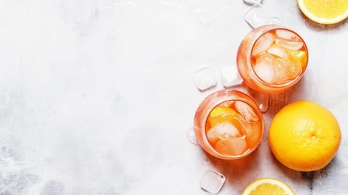 A delicious non-alcoholic cocktail recipe.