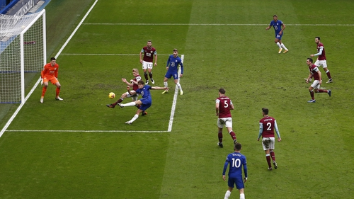 Marcos Alonso firing home the second goal for Chelsea