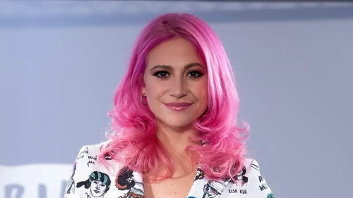 From peach to fuschia locks, everyone's trying this Nineties-inspired look.