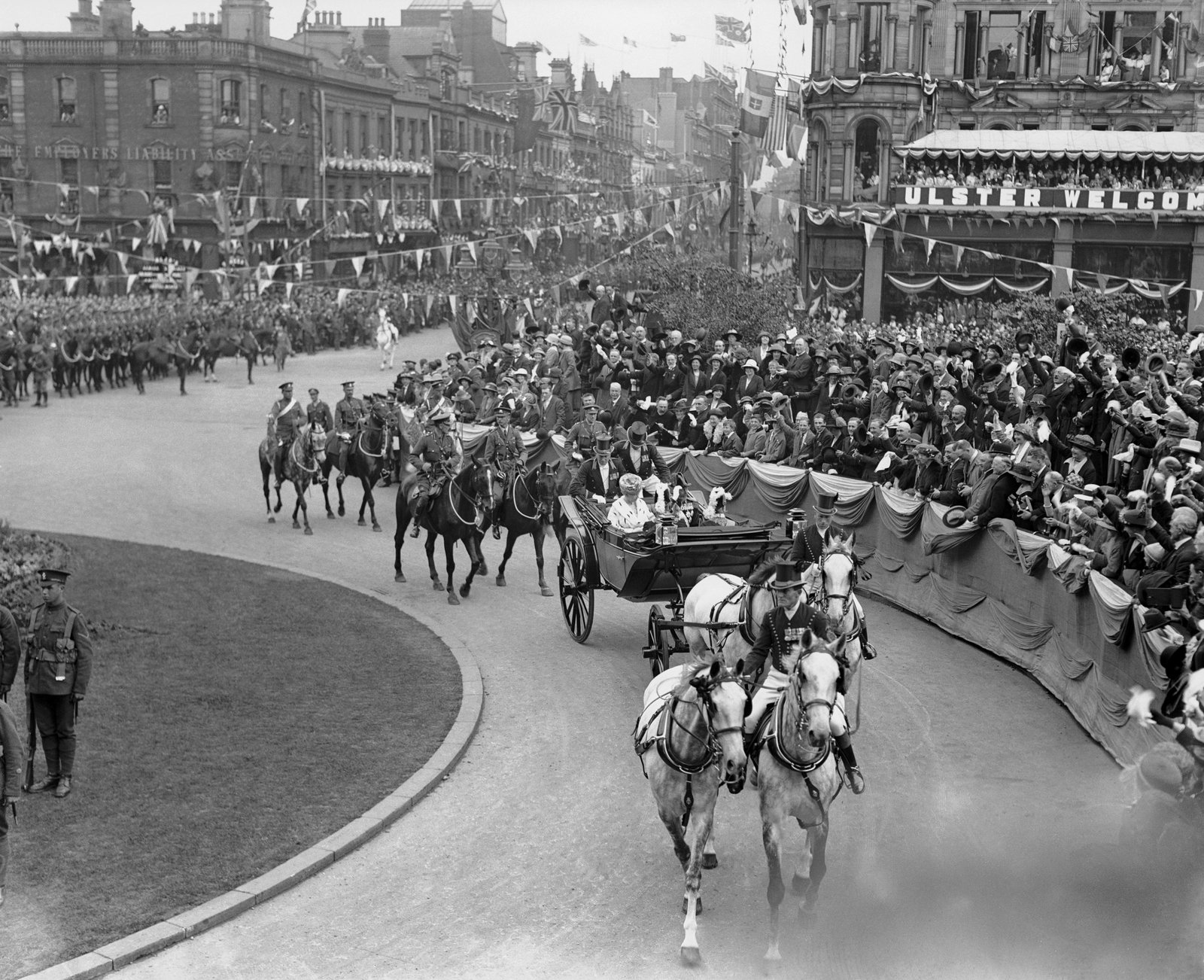 Image - George V arrives to open parliament in Belfast on June 22nd 1921. Photo: Daily Mirror/Mirrorpix/Mirrorpix via Getty Images