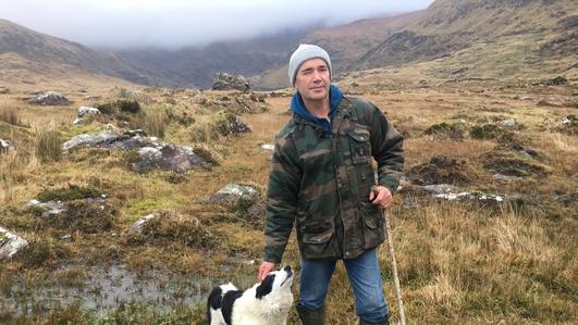 John Joe Mac Gearailt; oidis leighis d'ainmhithe agus an Roinn Talmhaíochta.