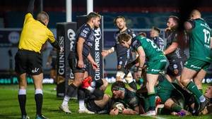 Tom Daly scores Connacht's fourth try